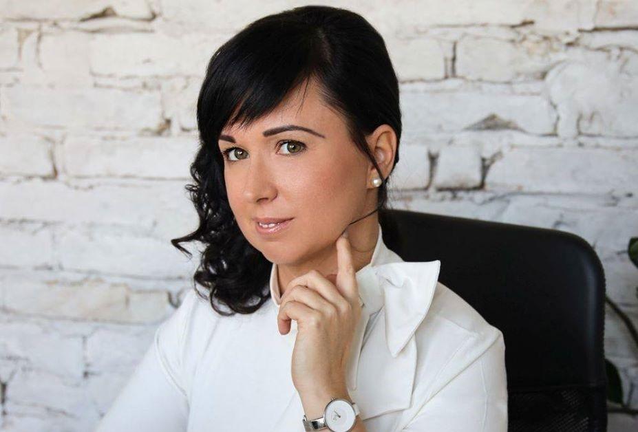 találkozó keleti nő)
